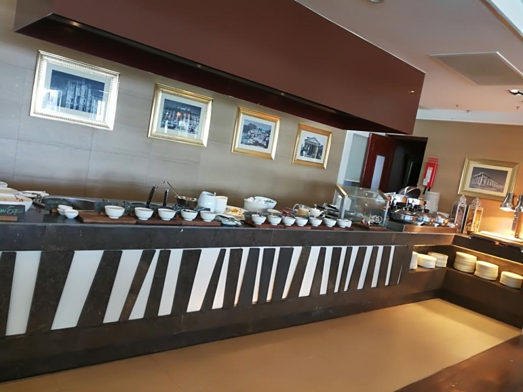 セブ島シャングリラマクタンの朝食AQUAレストラン