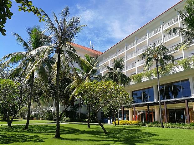 フィリピン・セブ島シャングリラマクタンでランチ