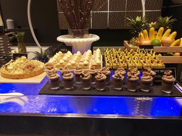 フィリピン・セブ島モーベンピックホテルのディナーブッフェ